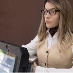 Nga: Trình làng nữ robot văn thư giống hệt người thật