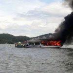Hà Tiên: Cháy tàu chở khách du lịch câu cá trên biển, 25 người thoát chết