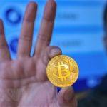 Cơn sốt bitcoin: Nguy cơ bong bóng hay sẽ tiếp tục tăng giá?