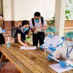 COVID-19: Lào đã tiêm hơn 1 triệu liều vaccine cho người dân