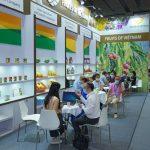 Doanh nghiệp Việt Nam tham gia Hội chợ Hoa quả Quảng Châu 2021